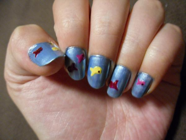 tiny fish 40 Easy Nail Designs You Can Try Any Day