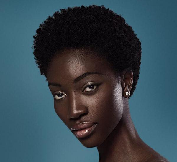 chocolate girl 25 Sexy Hairstyles For Black Girls