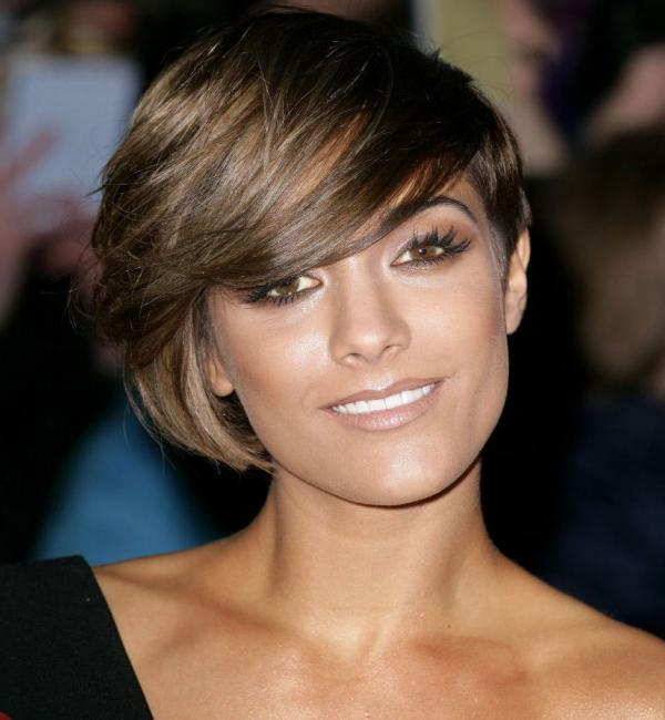 Astonishing 30 Awesome Hairstyles For Heart Shaped Faces Slodive Short Hairstyles Gunalazisus