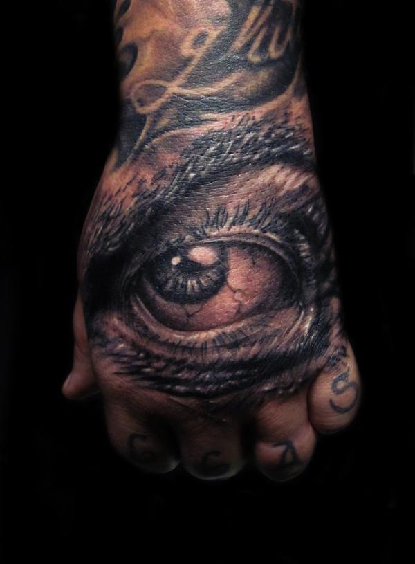 black eye 40 Awesome Hand Tattoos