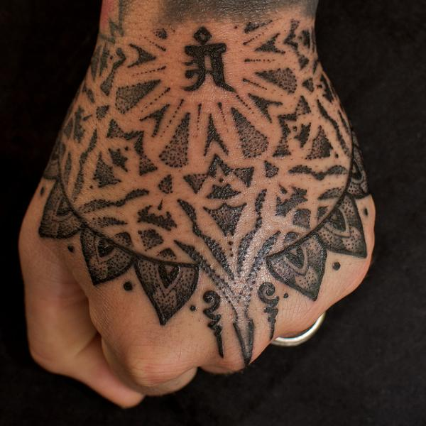 Jondix Hand Tattoo