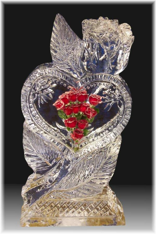 glass heart rose with red rose 30 Brilliant Pictures of Hearts And Roses