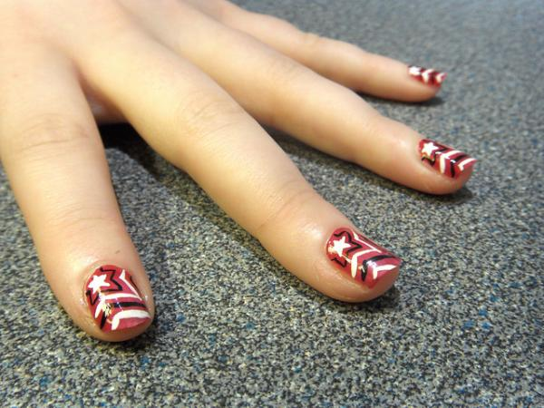 starbrust nail 35 Beautiful Nail Art Ideas