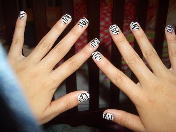 zebra print nail 35 Beautiful Nail Art Ideas