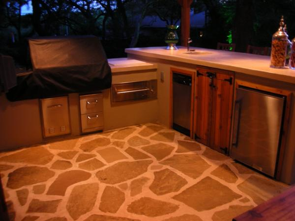 full bar 40 Fantastic Outdoor Kitchen Designs