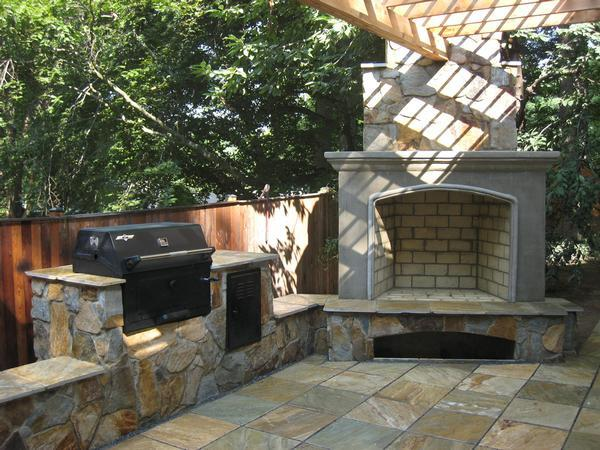 Outdoor Kitchen In Silver Spring