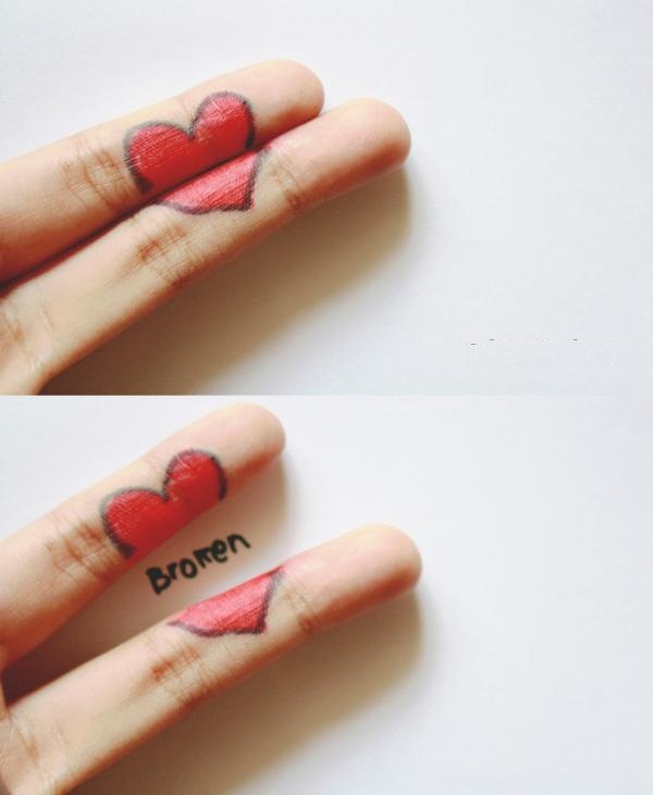 broken hearts of fingers 35 Pictures Of Broken Hearts To Make You Feel The Pain