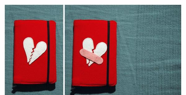 broken hearts purse 35 Pictures Of Broken Hearts To Make You Feel The Pain