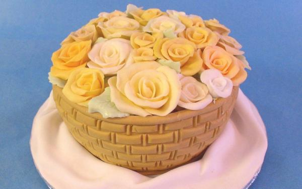 basket of flower 30 Yummy Pictures of Cakes
