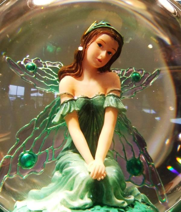 emerald fairy 30 Dazzling Pictures of Fairies