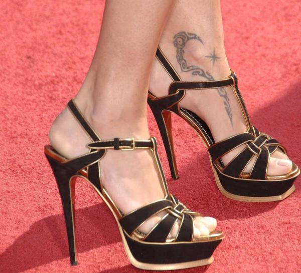 adriana lima tattoo 30 Sexy Tribal Tattoos For Women