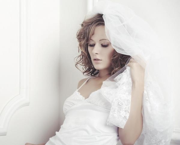 dimanche bride 35 Lovely Wedding Hairstyles For Short Hair
