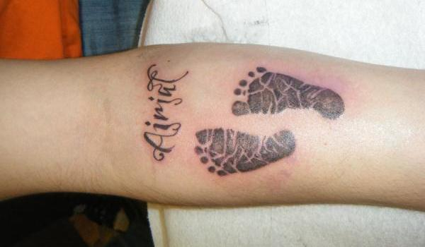 Baby Footprint Tattoos 35 Overwhelming Example Slodive