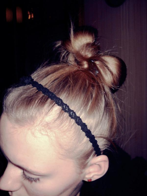 tied hair 40 Cute Easy Hairstyles You Can Definitely Try