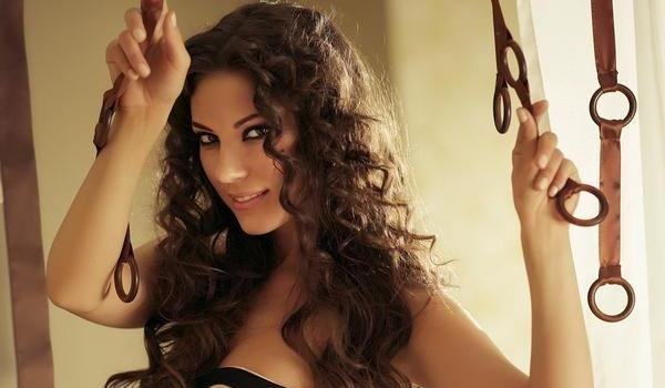 Excellent 30 Cute Hairstyles For Curly Hair Which Looks Exotic Slodive Hairstyles For Women Draintrainus