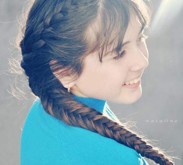 spring girl 30 Cute Hairstyles For Girls You Should Try To Impress Others