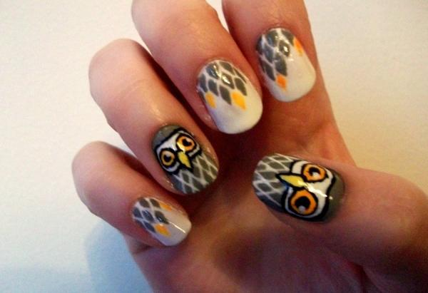 Grey Owl Nails