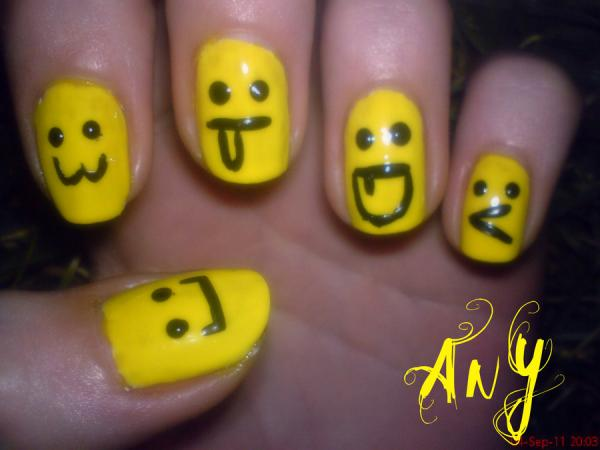Smiley nail design