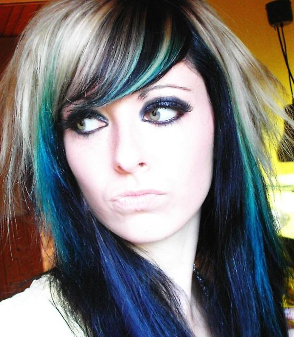 Astounding 30 Groovy Emo Girl Hairstyles Slodive Short Hairstyles For Black Women Fulllsitofus