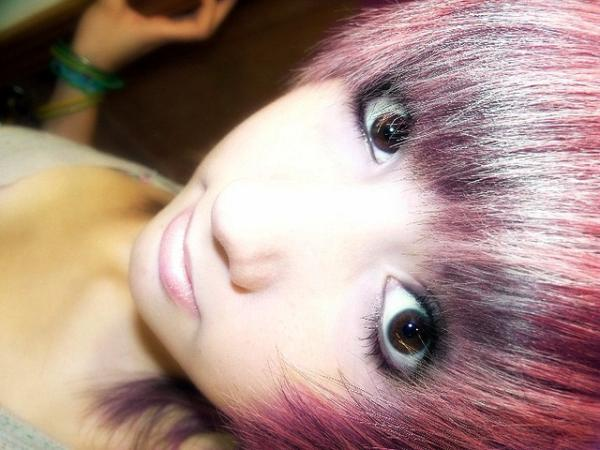 emo queen 30 Groovy Emo Girl Hairstyles