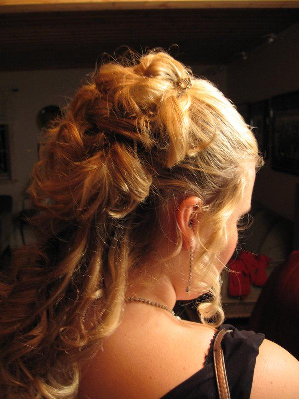 prom cool hair 35 Half Up Hairstyles Which Will Add Charm To Your Personality