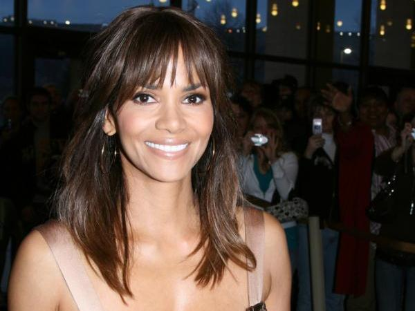 cleveland pix 30 Sexy Halle Berry Hairstyles