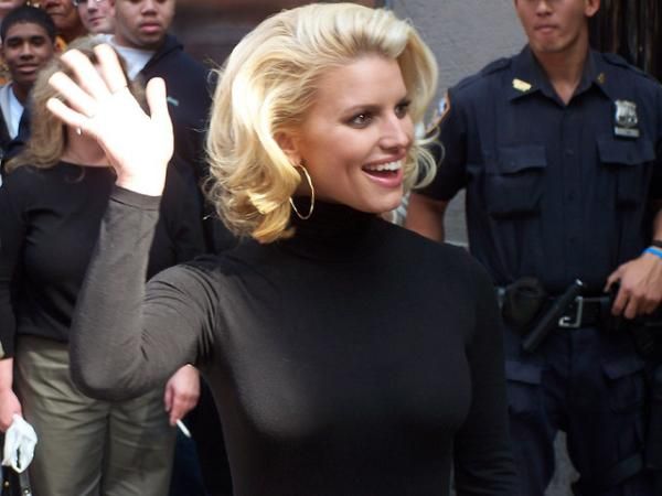 Jessica Simpson At Avenue