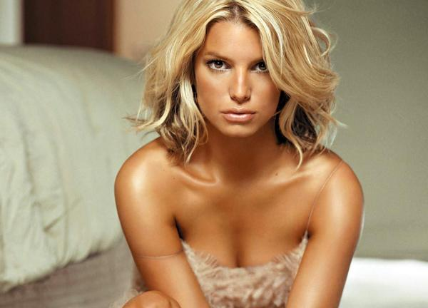 looking sexy 30 Sexy Jessica Simpson Hairstyles