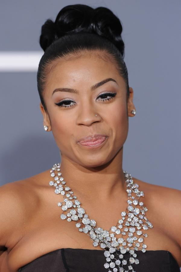 cole bun 30 Keyshia Cole Hairstyles Which Look Simply Great On Her