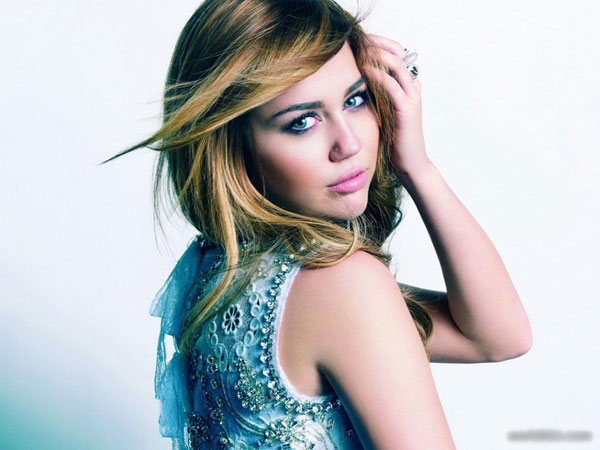 cyrus miley 30 Miley Cyrus Hairstyles Which Look Awesome