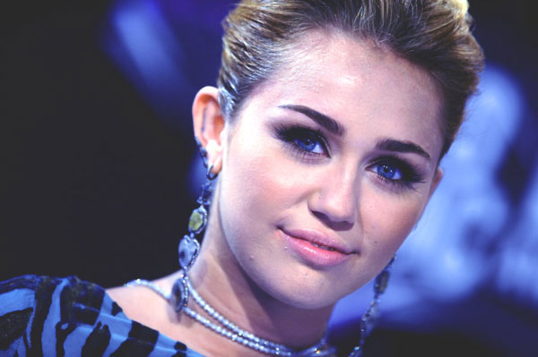 mileycyrus 30 Miley Cyrus Hairstyles Which Look Awesome
