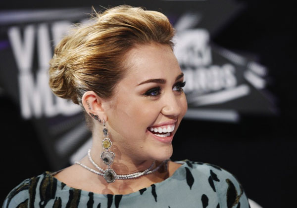 role model 30 Miley Cyrus Hairstyles Which Look Awesome