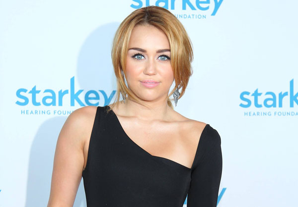 starkey 30 Miley Cyrus Hairstyles Which Look Awesome