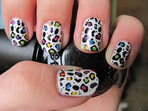 Colorful Leopard Printed Nails