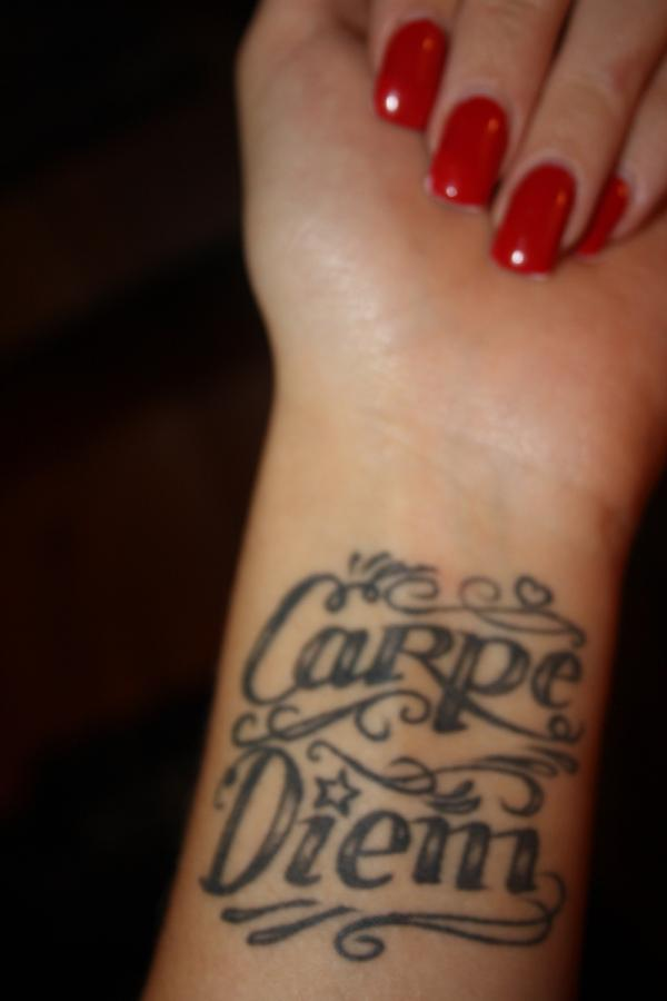 carpe diem tattoo 40 Glamorous Wrist Tattoos For Girls
