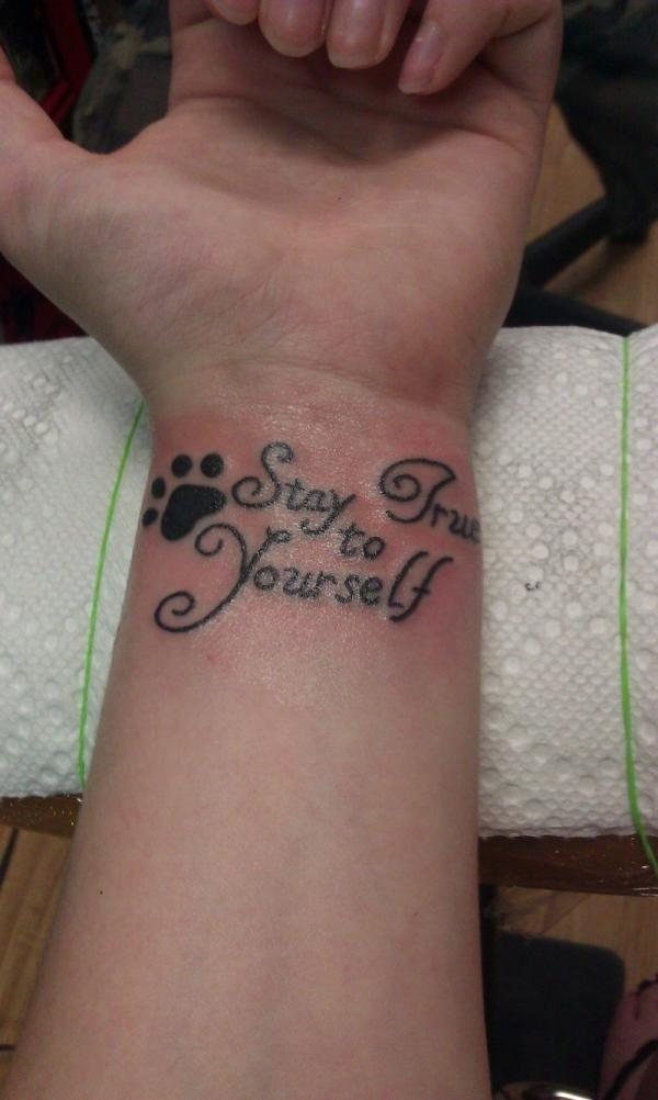 stay true 40 Glamorous Wrist Tattoos For Girls