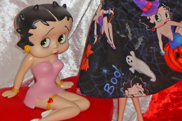 Barbie Loves Betty Boop