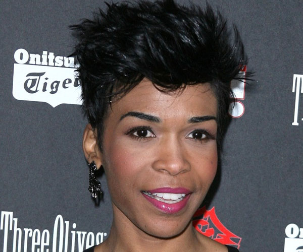 high sculpted short hairstyle 35 Awesome Black Short Hairstyles