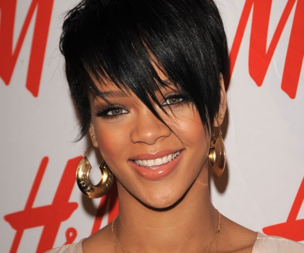 short hair with bangs 35 Awesome Black Short Hairstyles