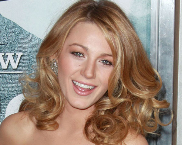Blake Lively Blonde Curly Hair