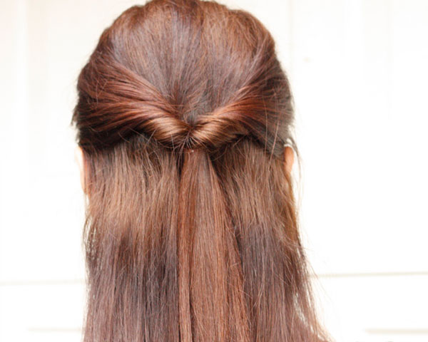 Hairstyles For Long Hair Easy Updos : 30 Cute And Easy Hairstyles To Make You Look More Beautiful - SloDive
