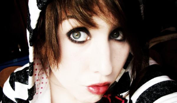 dress up anyone 45 Groovy Emo Hairstyles For Girls