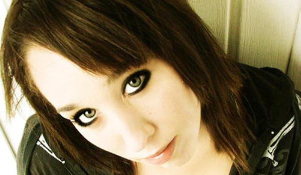 look emo kind 45 Groovy Emo Hairstyles For Girls