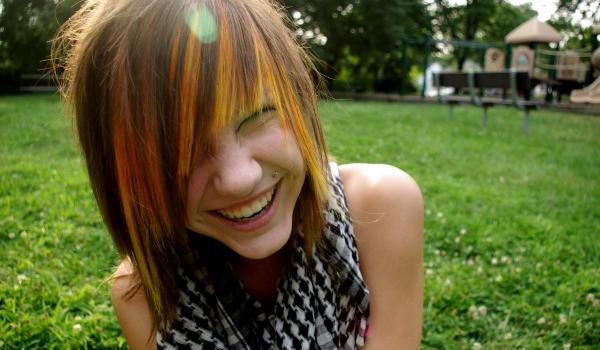 smiling emo cute girl 45 Groovy Emo Hairstyles For Girls