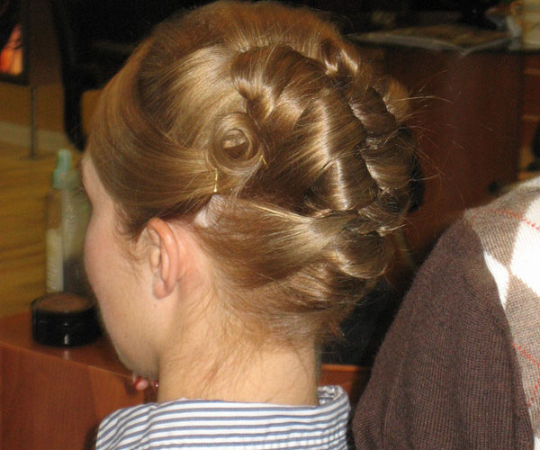 30 Mind Blowing French Twist Hairstyle Slodive