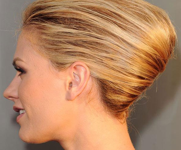 Miraculous 30 Mind Blowing French Twist Hairstyle Slodive Hairstyles For Women Draintrainus