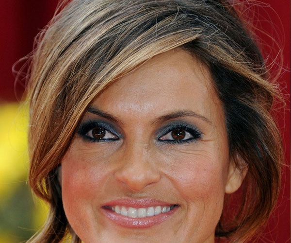 mariska hargitay hairstyle 30 Mind Blowing French Twist Hairstyle