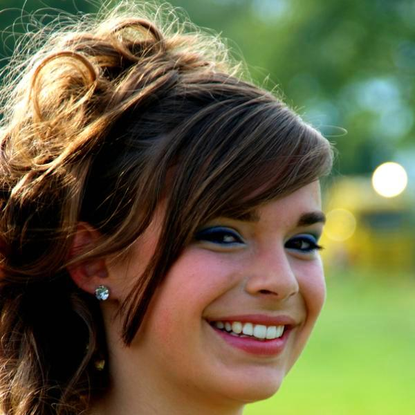 Haircuts For Round Faces Which Looks Impressive SloDive - Elegant hairstyles for round face