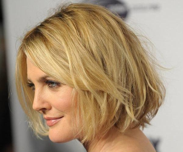 Fantastic 40 Haircuts For Round Faces Which Looks Impressive Slodive Short Hairstyles Gunalazisus