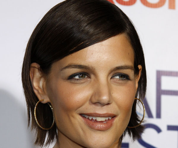 30 breathtaking katie holmes hairstyles slodive cute short hairstyle winobraniefo Image collections